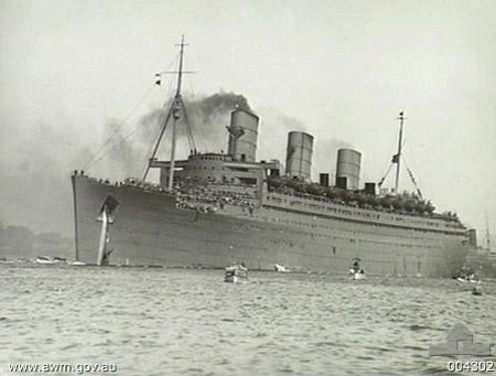Troopship QUEEN MARY